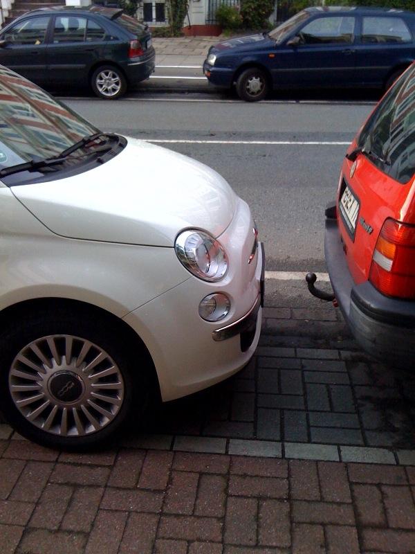 Fiat Fünfhundert im Bremer Viertel