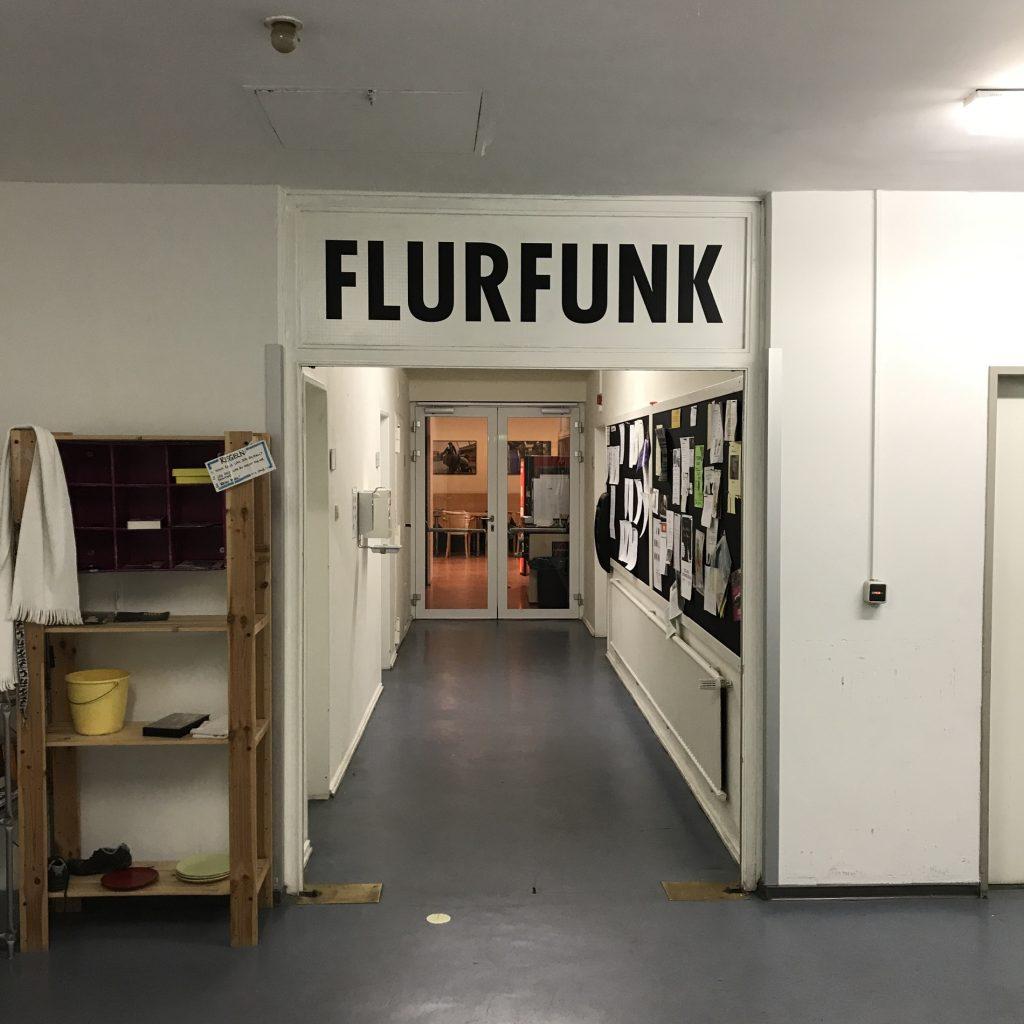 Flurfunk, Gang im Bühneneingang, Theater Bremen