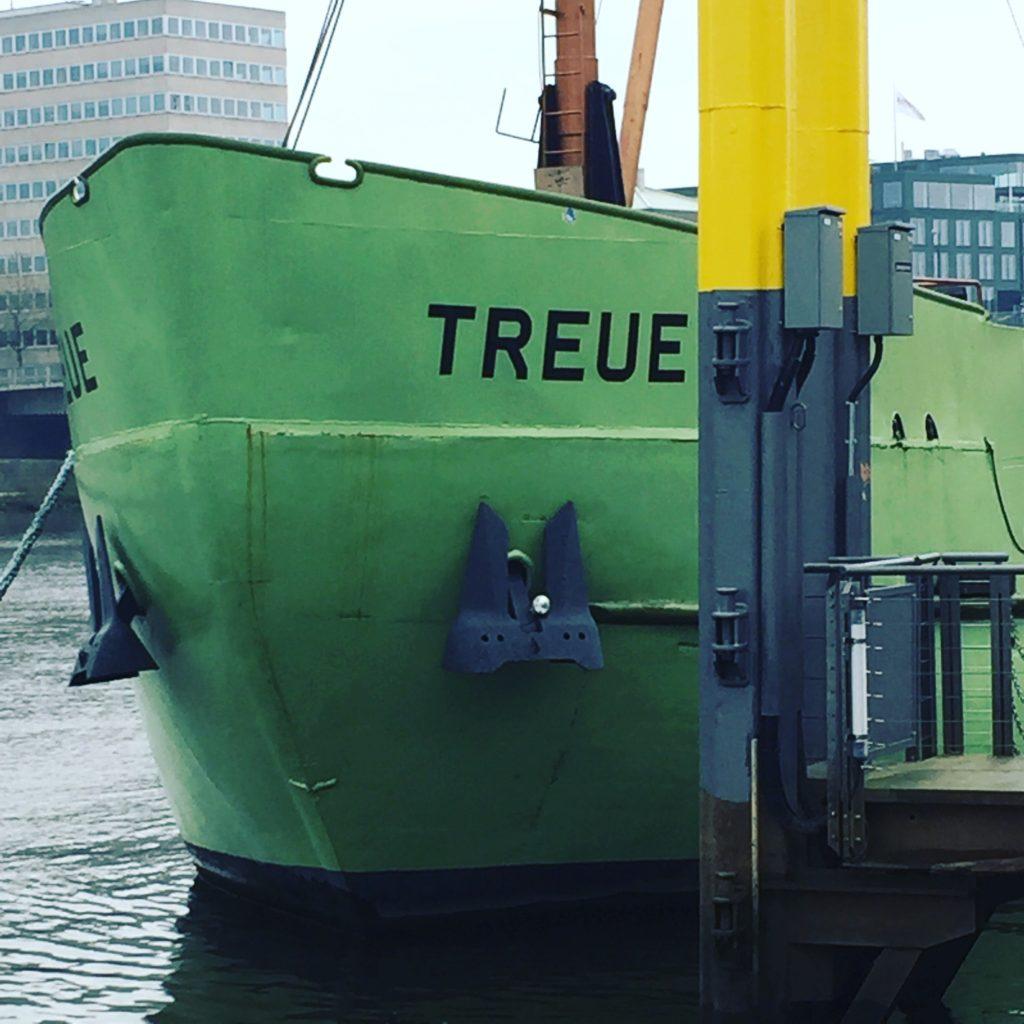 MS Treue Betonschiff