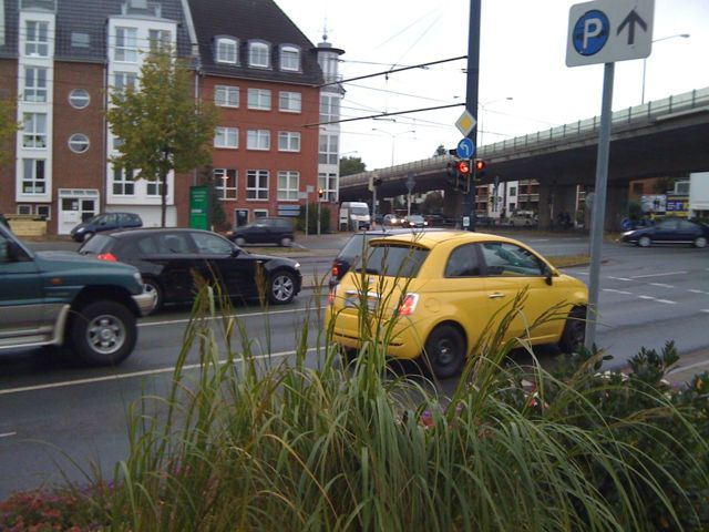 Gelber Fiat 500